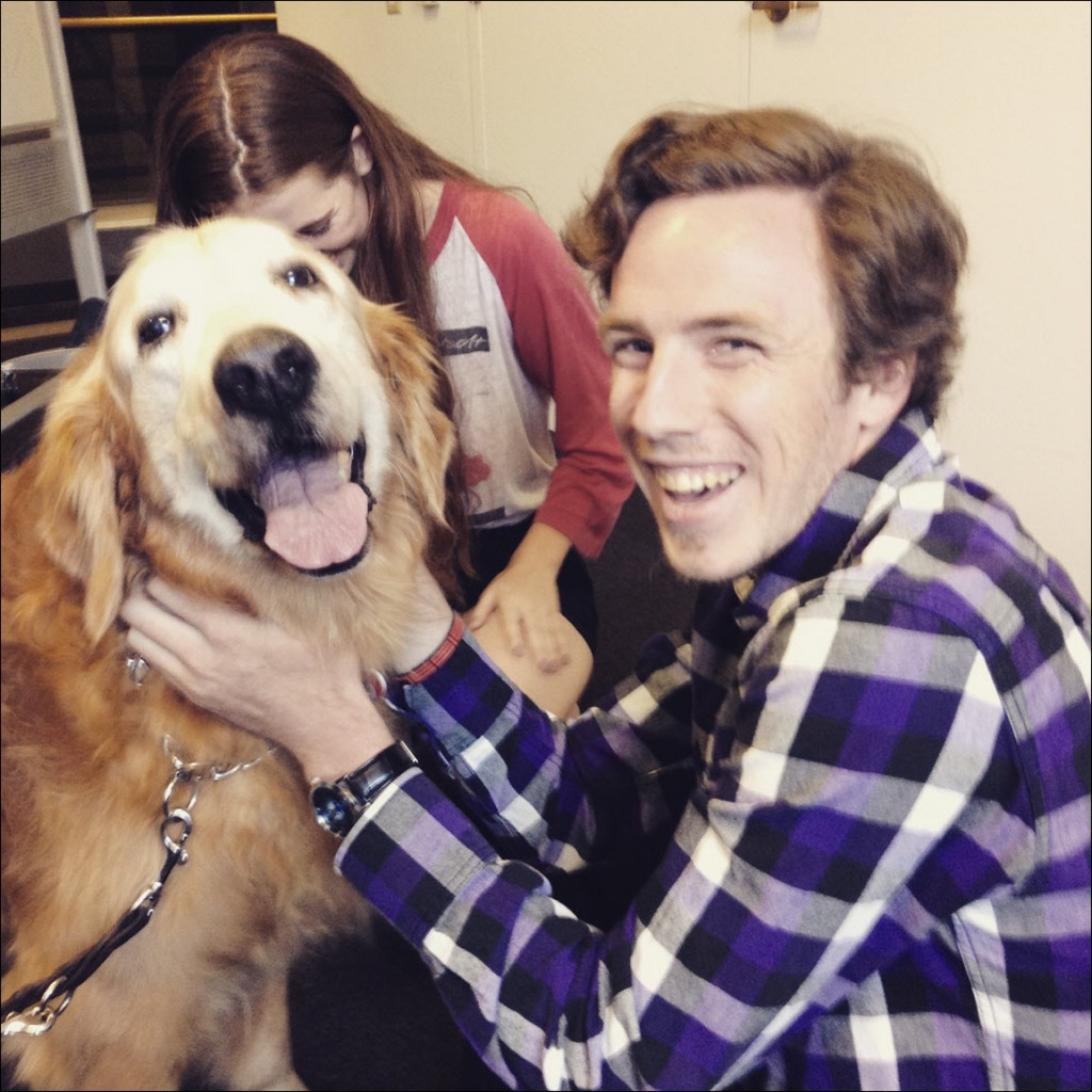 student wtih therapy dog