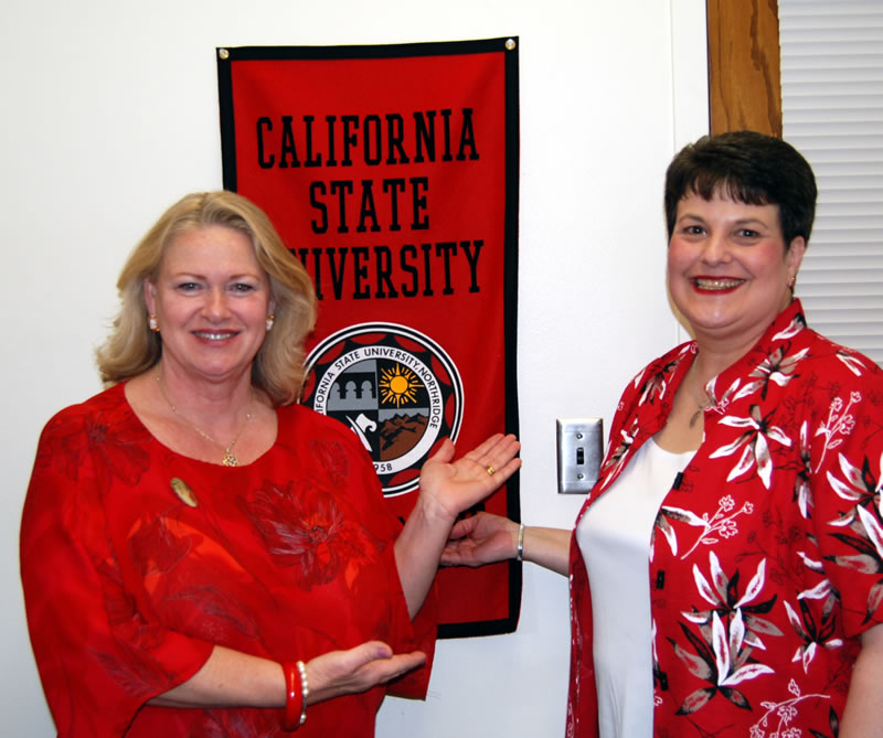 Sue McElvogue (right) and Mary Gilbert (left)
