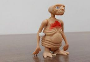 Windup E.T. the Extraterrestrial toy