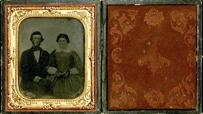 Glass plate ambrotype, mid-19th century couple