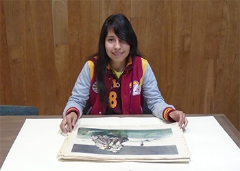 Student Intern Lesley Zambrano in Special Collections
